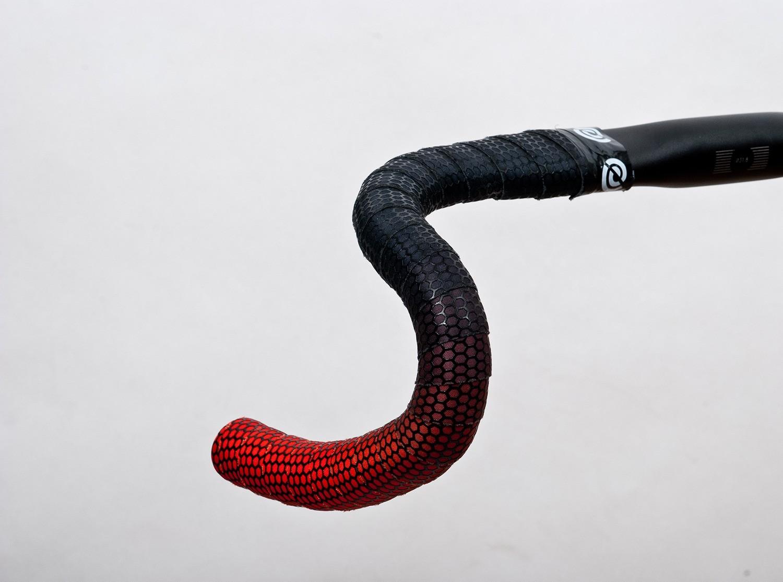 BikeRibbon ColorDrops Handlebar Tape Bike Ribbon w// Tacky Grip Black